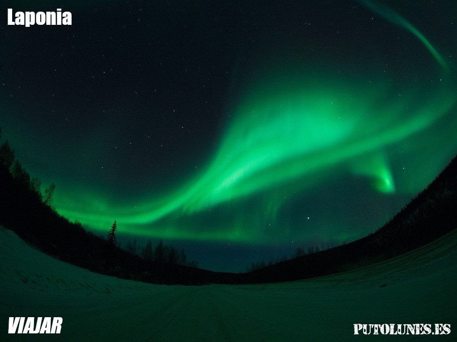 Viaje virtual: auroras polares en Laponia.