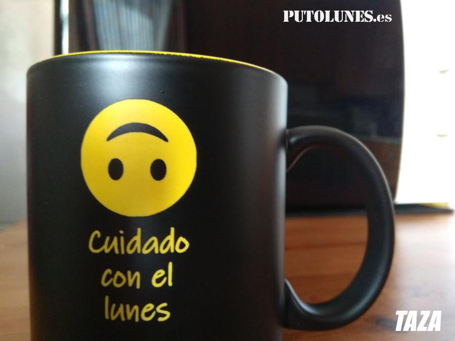 PUTOLUNES.es   Cuidado con el lunes. Taza que mola para beber café (o té) los lunes por la mañana.